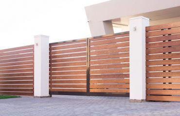 Ogrodzenia aluminiowe drewnopodobne