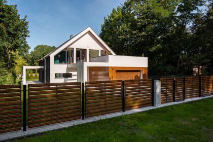 Ile kosztuje ogrodzenie domu? Płotex.net.pl