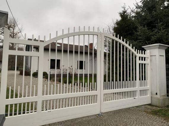 Brama wjazdowa, dwuskrzydłowa - Brzeziny