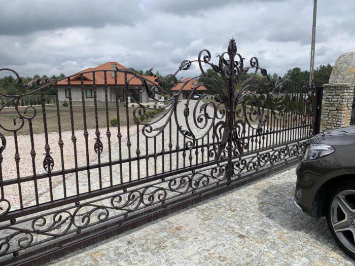 Ogrodzenie kute, brama wjazdowa - Ząbki koło Warszawy