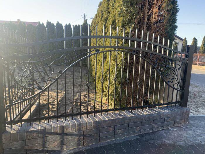 Ogrodzenie z elementami kutymi Nadarzyn koło Warszawy