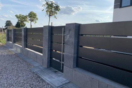 Niskie ogrodzenie aluminiowe poziome